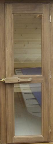 puerta sauna madera y cristal